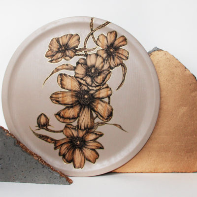 #ANEMONE FLOWER PLATE  WARM GREY# #28 CM